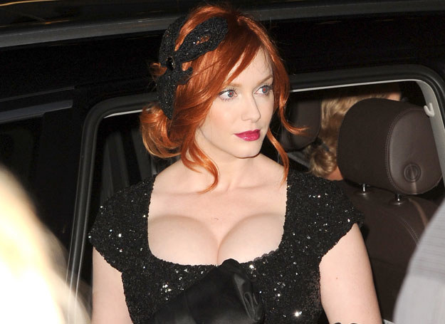 Christina Hendricks ma naprawdę duży biust /Getty Images/Flash Press Media