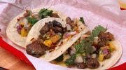 Chrupiące tacos z kaczką i salsą z gruszek i mango