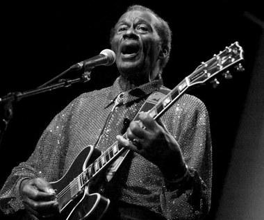 Chuck Berry nie żyje. Był legendą rock and rolla