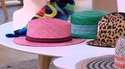 Chustki, czapki i kapelusze, czyli najmodniejsze akcesoria tego lata według Eli Podgórskiej