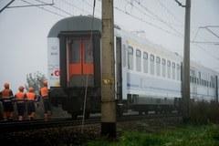 Ciągnik staranowany na przejeździe kolejowym
