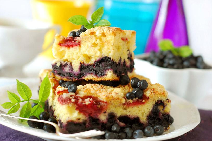 Ciasto drożdżowe /©123RF/PICSEL