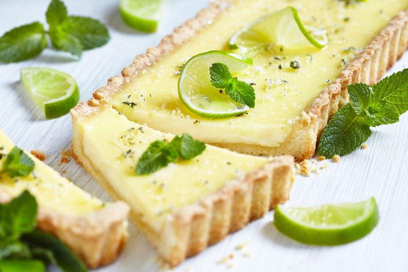 Ciasto limonkowe /123RF/PICSEL