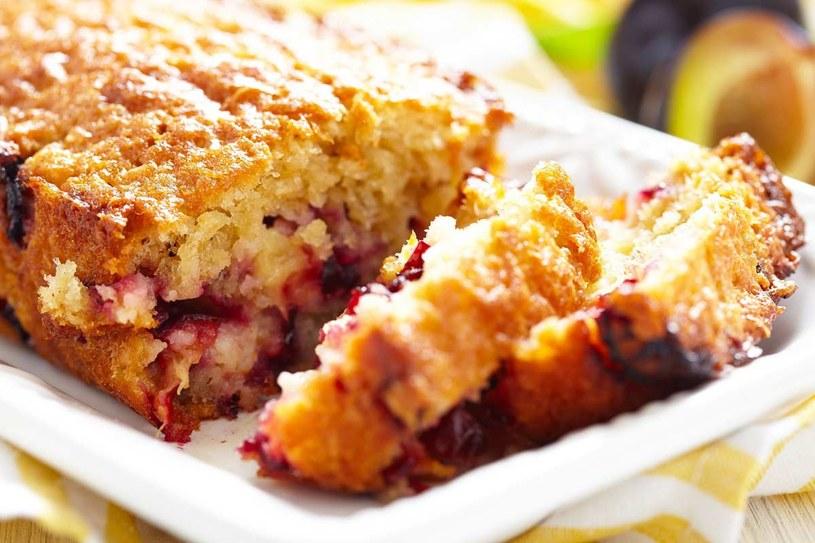 Ciasto z płatkami owsianymi /©123RF/PICSEL