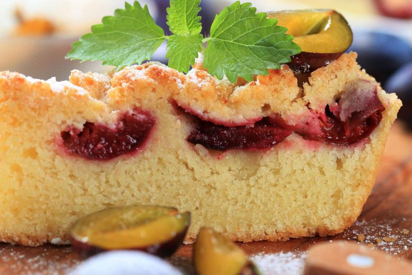 Ciasto ze śliwkami /©123RF/PICSEL