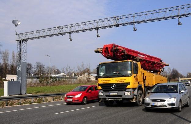 Ciężarówka czy osobowy? Zdjęcia robione są wszystkim / Fot: Włodzimierz Wasyluk /Reporter