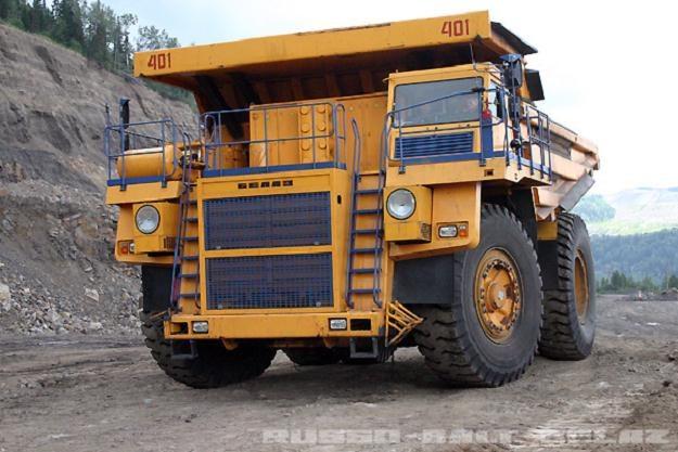 Ciężarówki Biełaz używane są głównie w kopalniach odkrywkowych /