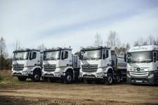 Ciężarówki Mercedesa dały radę w terenie