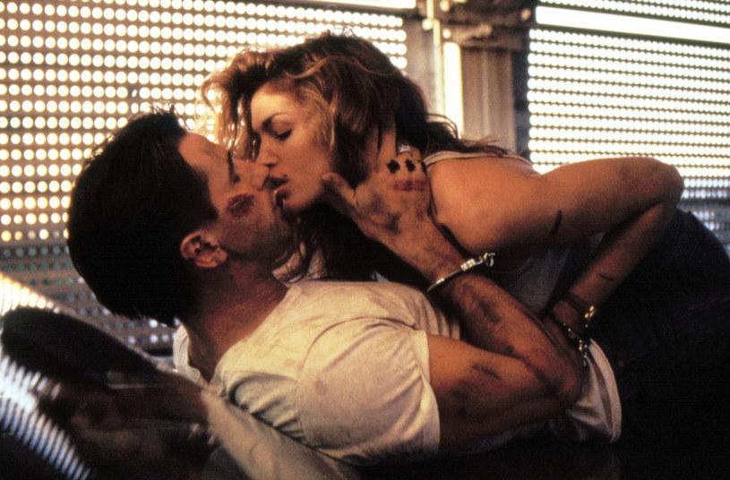 "Cindy Crawford i William Baldwin w filmie ""Czysta gra"" /AKPA"