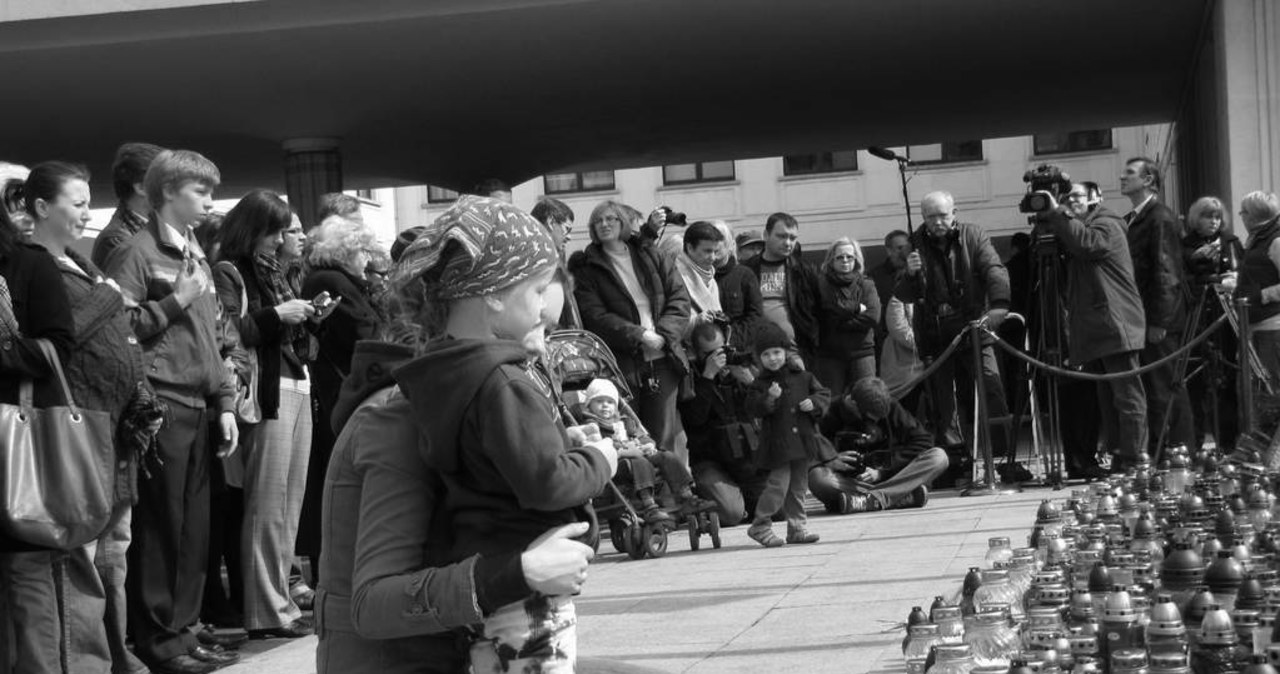 Cisza zapadła przed budynkiem Sejmu