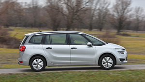 Citroen Grand C4 Picasso 1.2 - 7 miejsc i 3 cylindry