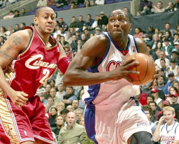 Clippers - Cavaliers 102:90. Elton Brand mija Donyella Marshalla /AFP