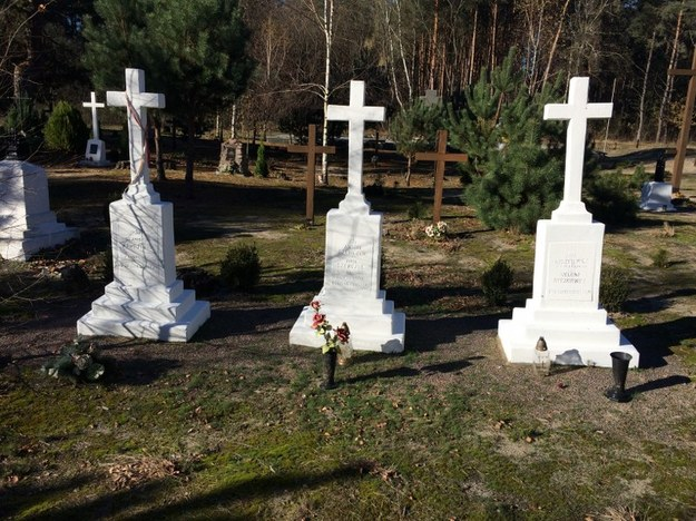 Cmentarz w Ostrówkach /Krzysztof Kot /RMF FM
