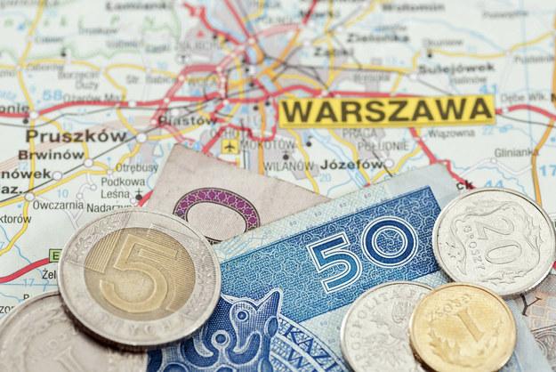 Co czwarty Warszawiak zarabiał miesięcznie w 2012 roku ponad 10 000 zł /123RF/PICSEL
