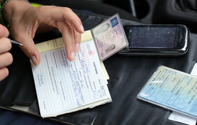 Co dalej z wyrokiem dotyczącym zatrzymywania praw jazdy? /Piotr Jędzura /Reporter