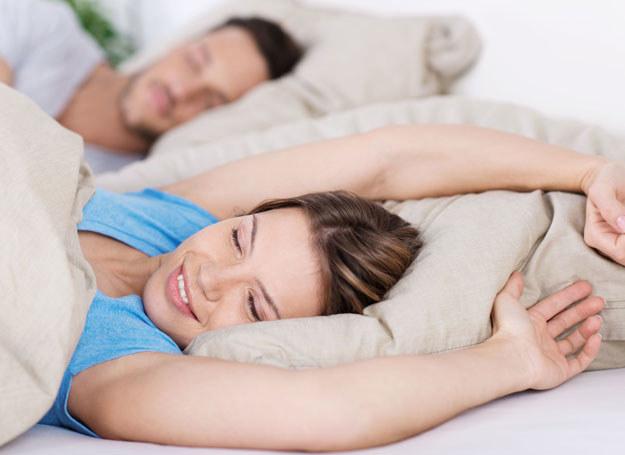Co jeszcze warto wiedzieć o śnie, aby był jak najzdrowszy? /123RF/PICSEL