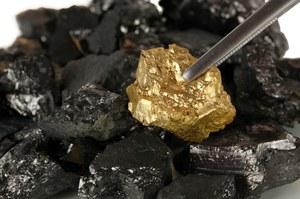 Co najmniej 145 nieodkrytych minerałów węglowych