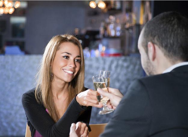 Co robić, by nie zrazić partnera do siebie podczas pierwszej randki? /© Panthermedia