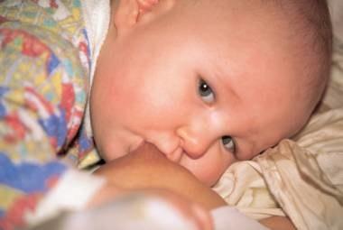 Co roku w Polsce kilkadziesiąt dzieci pada ofiarą swoich rodziców /INTERIA.PL