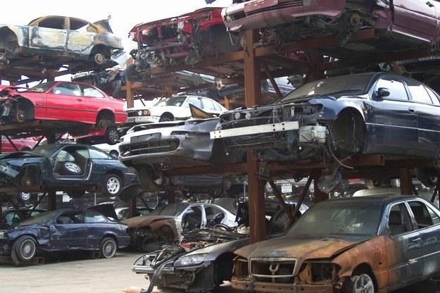 Co zrobić, by samochód trafił na złom? /