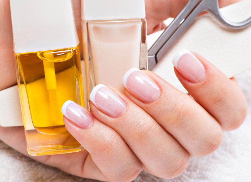 Co zrobić, gdy dłonie potrzebują nawilżenia? /Picsel /123RF/PICSEL