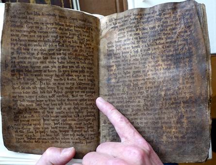"""Codex Regius zawierający poemat """"Voluspá"""". /Clive Oppenheimer /Materiały prasowe"""