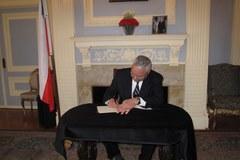Colin Powell składa kondolencje Polakom