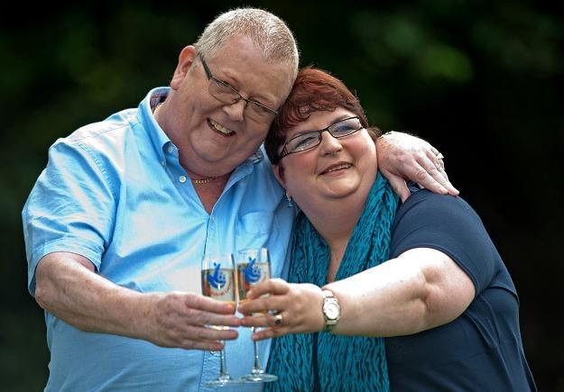 Colin Weir z żoną /AFP