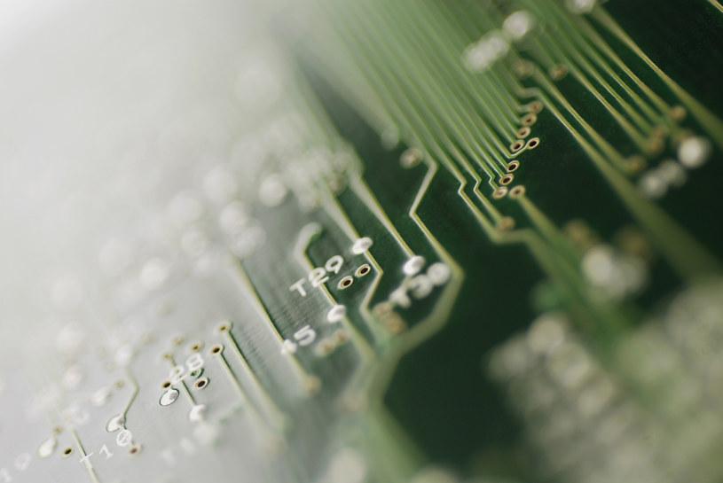 Coraz bliżej stworzenia inteligentnych maszyn? /© Glowimages