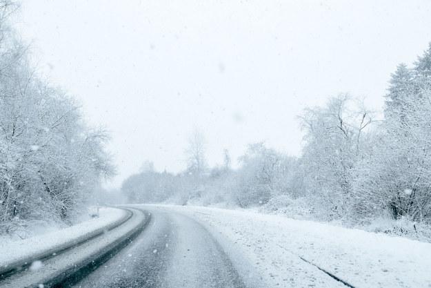 Coraz gorsze warunki drogowe na zakopiance (zdjęcie ilustracyjne) /123/RF PICSEL