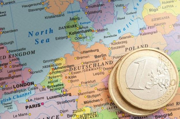 Coraz więcej Niemców dorabia do pensji - wynika z danych Federalnej Agencji Pracy /123RF/PICSEL