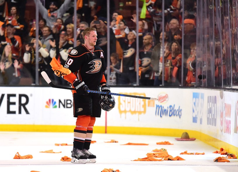 Corey Perry z Anaheim Ducks /AFP
