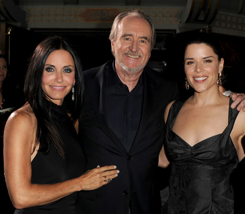 Courteney Cox, Wes Craven, Neve Campbell /Kevin Winter /Getty Images