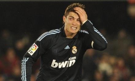 Cristiano Ronaldo myśli o powrocie do Manchesteru United /AFP
