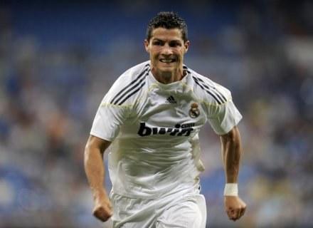Cristiano Ronaldo nie miał szczęśliwej miny, gdy spotkał swoją ex /AFP
