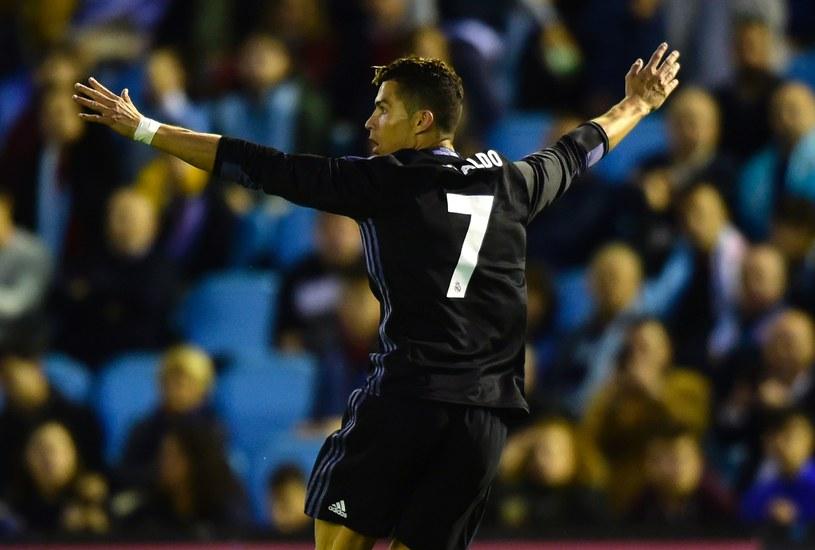 Cristiano Ronaldo zagrał kolejny fantastyczny mecz i przybliżył Real do 33. w historii mistrzostwa Hiszpanii /AFP