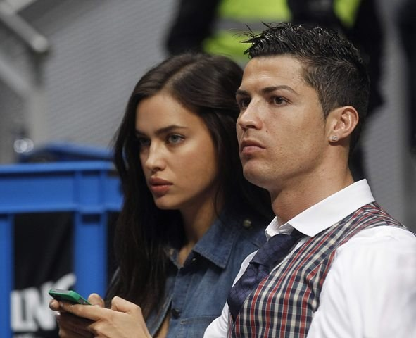 Cristiano Ronaldo ze swoja dziewczyną Iriną Shayk /KIKO HUESCA /PAP/EPA