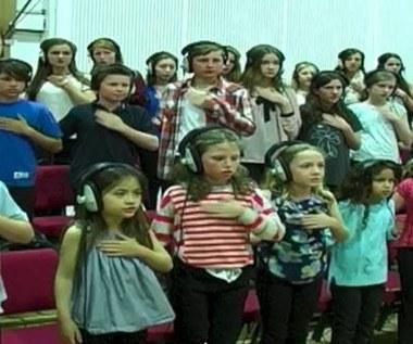 Crystal Castles w wykonaniu... dziecięcego chóru!