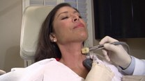 Cudowna metoda na odmłodzenie skóry szyi?
