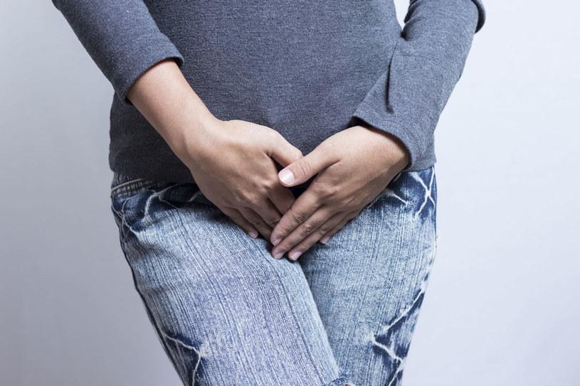 Cukry i białka powinny znajdować się w moczu zdrowej osoby /Picsel /123RF/PICSEL