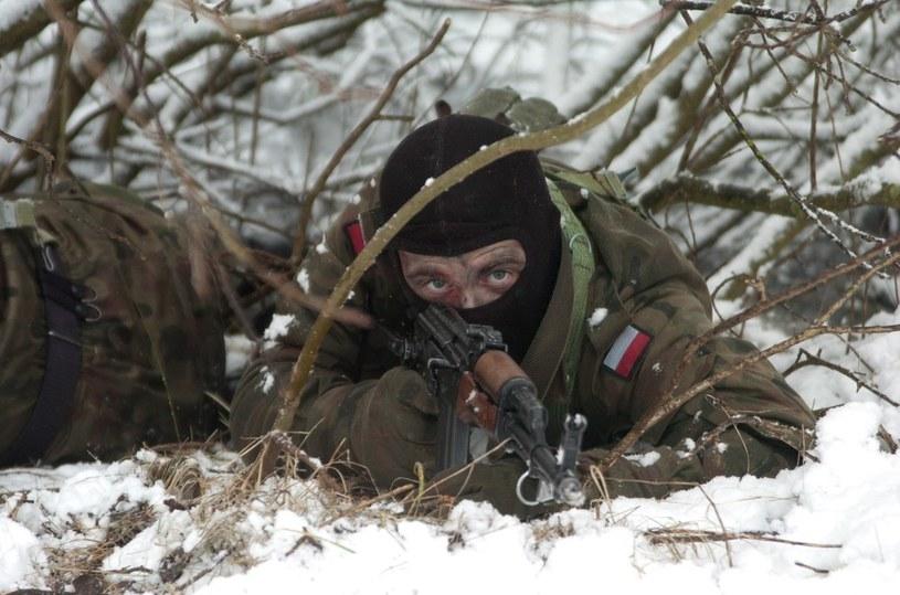 Ćwiczenia marynarzy z Centrum Szkolenia Marynarki Wojennej w Ustce /Hubert Bierndgarski /Reporter