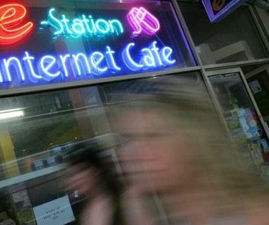 Cyberprzemoc - wirtualna agresja, realne ofiary