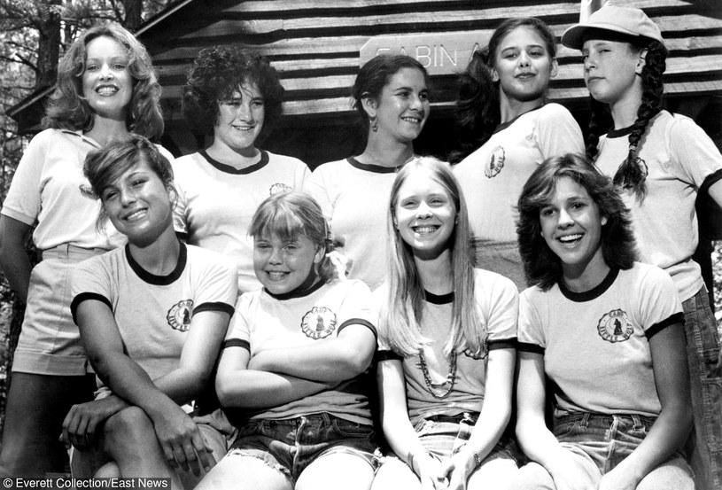 """Cynthia Nixon (2. od prawej w 1. rzędzie) w kinowym debiucie w filmie """"Little Darlings"""" /Everett Collection /East News"""
