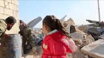Cywile uciekają ze wschodnich dzielnic Aleppo