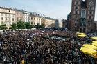 """Czarne protesty"" w całej Polsce. Odczytano ""listę hańby"""