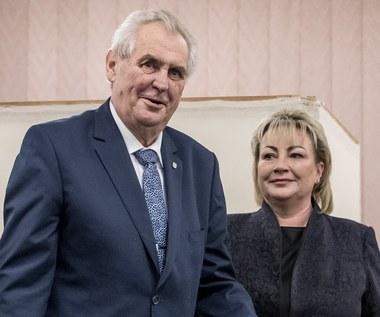 Czechy: Milosz Zeman prowadzi po pierwszej rundzie wyborów