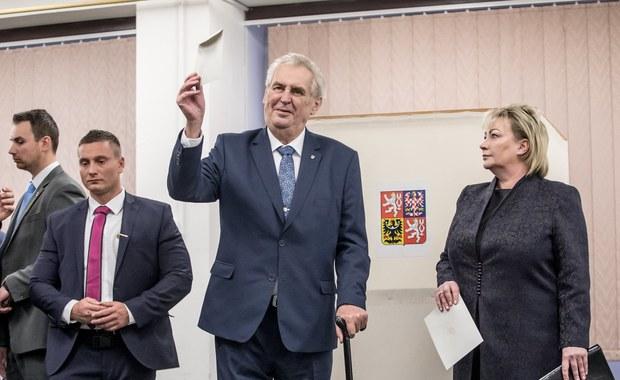 Czechy: Wysoka frekwencja w pierwszym dniu wyborów prezydenckich