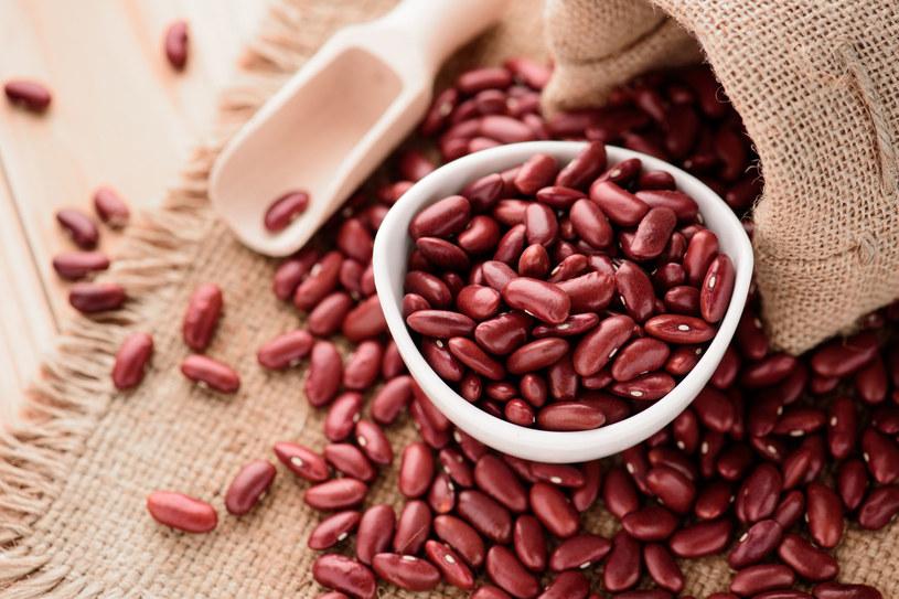 Czerwona fasola stanowi bogate źródło witaminy B1 /123RF/PICSEL