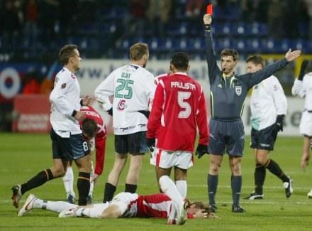 Czerwona kartka dla Ujka nie przeszkodziła bełchatowianom wygrać /Darek Hermiesz/SPORT-FOTO
