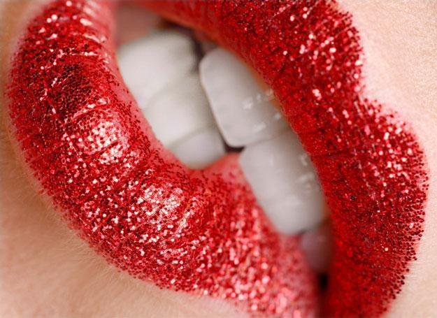 Czerwone usta sa symbolem atrakcyjności / fot. Face&Body Institute /Magazyn Wesele